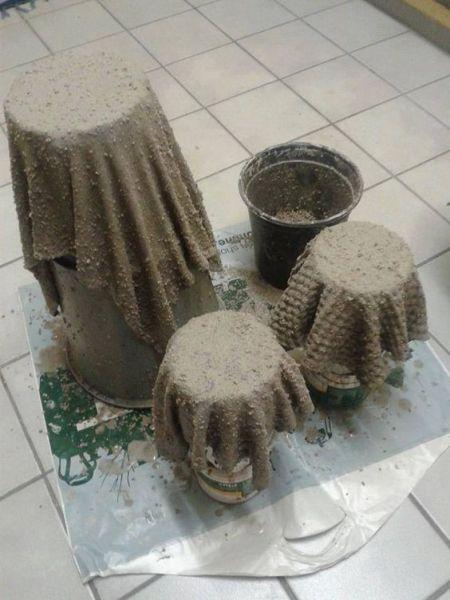 Удивительную штуку можно сделать из полотенца, пропитанного цементным раствором