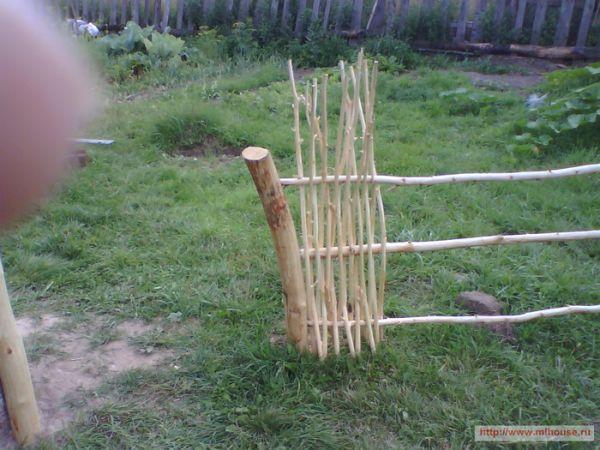 Как сделать плетень своими руками из веток