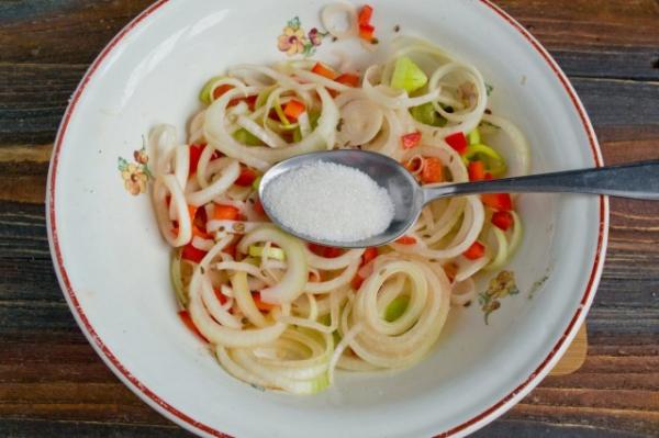 Мясной салат «Деревенский»